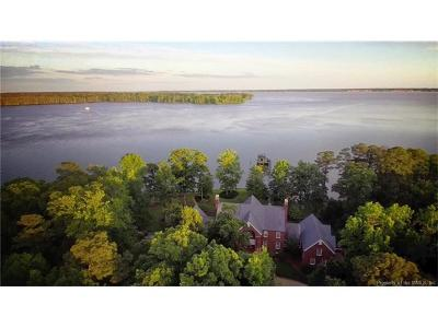 Williamsburg Single Family Home For Sale: 22600 Cypress Point Road