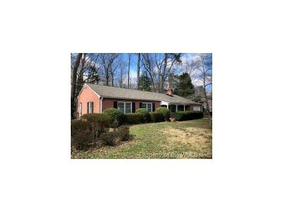 Williamsburg Single Family Home For Sale: 106 Haynes Drive