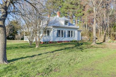 Gloucester Single Family Home For Sale: 2141 Perrin Creek Road