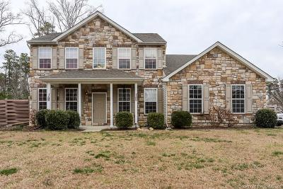 Gloucester Single Family Home For Sale: 6243 Ruth Drive