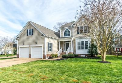 Yorktown Single Family Home For Sale: 108 Overlook Point