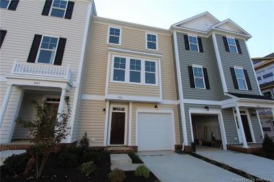 Hampton County, Isle Of Wight County, James City County, New Kent County, Suffolk County, Surry County, Williamsburg County, York County Condo/Townhouse For Sale: 802 Prosperity #41