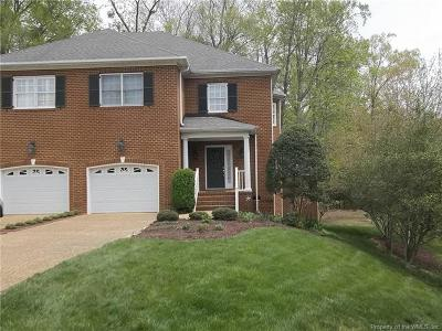 Hampton County, Isle Of Wight County, James City County, New Kent County, Suffolk County, Surry County, Williamsburg County, York County Condo/Townhouse For Sale: 121 Brockton Court #121