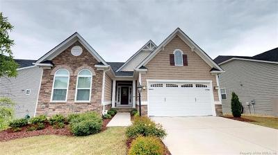 Single Family Home For Sale: 301 Caroline Circle