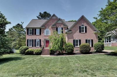 Williamsburg Single Family Home For Sale: 4024 Colonial Crescent