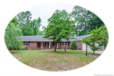 Williamsburg VA Single Family Home For Sale: $279,900
