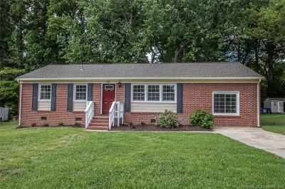 Williamsburg Single Family Home For Sale: 115 Oakmont Circle