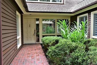 Single Family Home For Sale: 299 Littletown Quarter