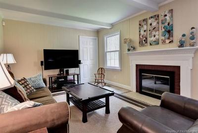 Williamsburg Single Family Home For Sale: 304 St Georges Boulevard