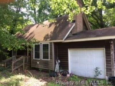 Williamsburg VA Single Family Home For Sale: $89,000