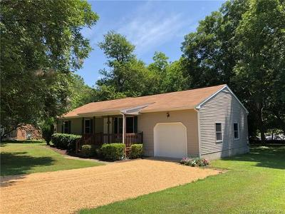 James City County Single Family Home For Sale: 116 Norge Lane