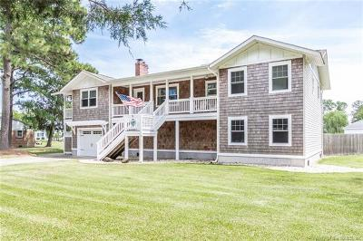 Single Family Home For Sale: 6 West Sandy Point Road