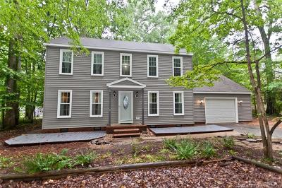 Single Family Home For Sale: 102 Warrens Pond Road