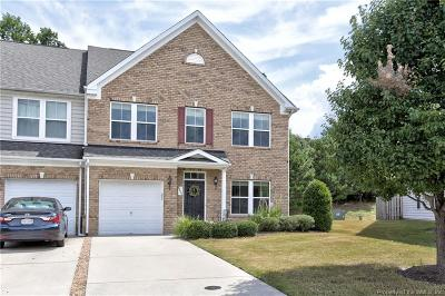 Condo/Townhouse Sold: 8631 Fielding Circle #8631