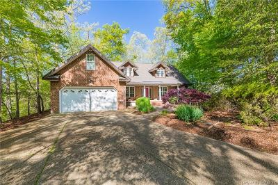 Single Family Home For Sale: 122 Lake Pointe Drive