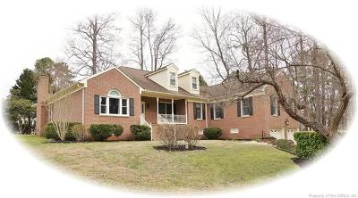 James City County, Williamsburg County, York County Single Family Home For Sale: 301 Beechwood Drive