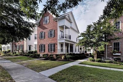 Hampton County, Isle Of Wight County, James City County, New Kent County, Suffolk County, Surry County, Williamsburg County, York County Condo/Townhouse For Sale: 5321 Center Street