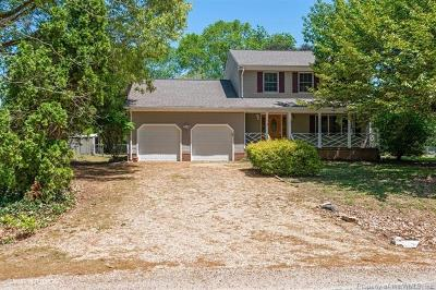 Gloucester Single Family Home For Sale: 1589 Pine Tree Drive