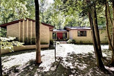 Single Family Home For Sale: 23 Walnut Hills Circle