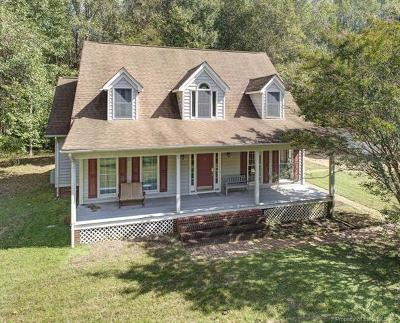 New Kent County Single Family Home For Sale: 20450 Holly Pines Lane