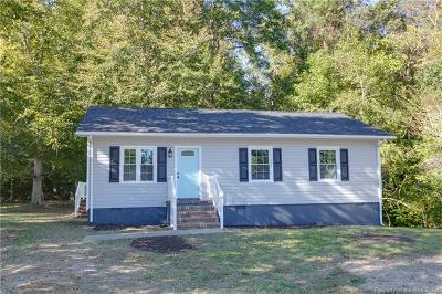 Charles City County, Isle Of Wight County, James City County, Surry County, York County Single Family Home For Sale: 511 Leigh Road