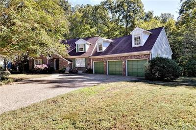 Single Family Home For Sale: 5845 Hawthorn Lane