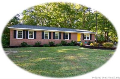 Charles City County, Isle Of Wight County, James City County, Surry County, York County Single Family Home For Sale: 123 Braddock Road