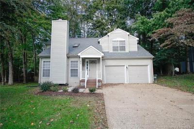 Single Family Home For Sale: 405 Cobble Stone