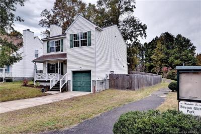 Single Family Home For Sale: 107 Bruton Drive