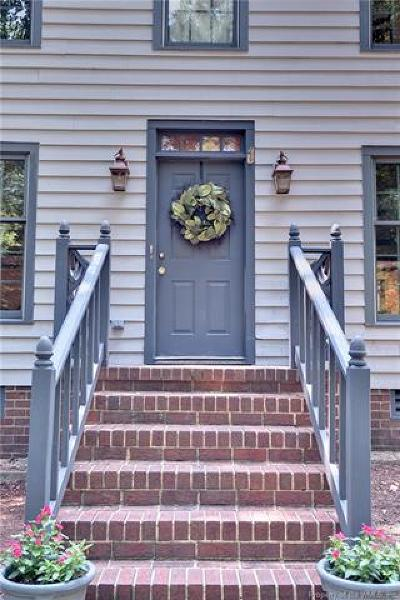 Williamsburg Single Family Home For Sale: 101 East Tazewells Way