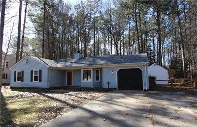 Gloucester Single Family Home For Sale: 4464 Mallard Drive