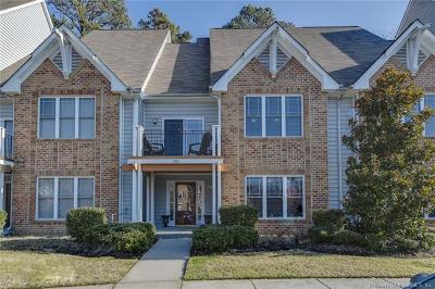 Condo/Townhouse Sold: 983 Hollymeade Circle