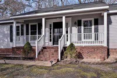 York County Single Family Home For Sale: 200 Barcroft Drive