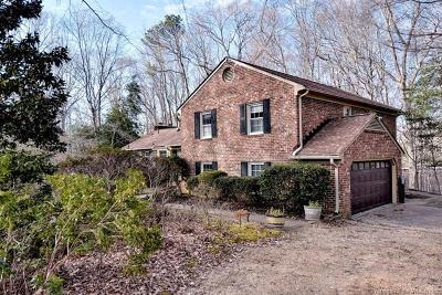 Williamsburg Single Family Home For Sale: 105 Glenwood Drive