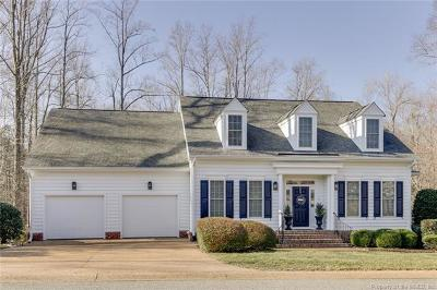 Fords Colony Single Family Home For Sale: 172 Nottinghamshire