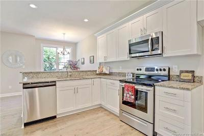 Hampton Single Family Home For Sale: 27 Trail Street