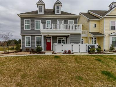 Single Family Home For Sale: 1008 Kings Land Court