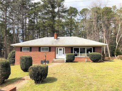 Gloucester Single Family Home For Sale: 7224 Independence Road