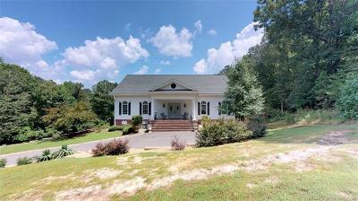 Single Family Home For Sale: 19207 High Bluff Lane