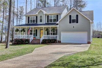 Gloucester Single Family Home For Sale: 8397 Thomas Jefferson Way