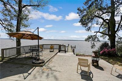Gloucester Single Family Home For Sale: 5866 York Haven West Drive