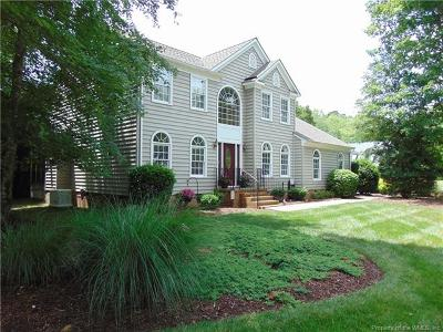 Single Family Home For Sale: 201 Charleston Place
