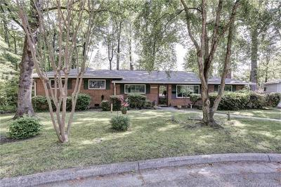 Single Family Home For Sale: 215 Captain Newport Circle