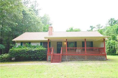 Gloucester Single Family Home For Sale: 8448 Woodhaven Drive