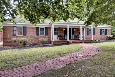 Williamsburg Single Family Home For Sale: 118 Spring Road