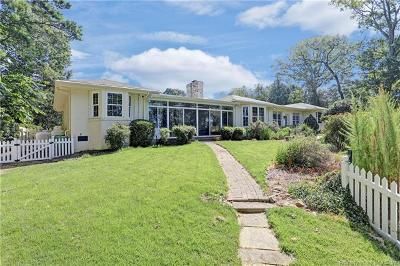 Single Family Home For Sale: 2 West Circle