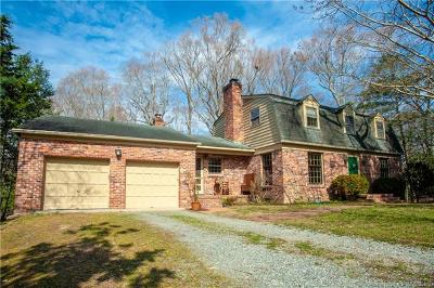 Williamsburg Single Family Home For Sale: 106 Glenwood Drive