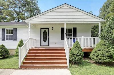 Toano Single Family Home For Sale: 212 Louise Lane