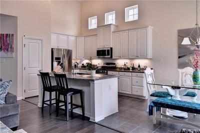 Williamsburg Single Family Home For Sale: 525 Caroline Circle