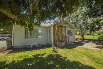 Wenatchee Multi Family Home Pending: 1315 McKittrick St
